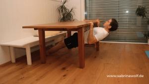 Übung Rücken - zuhause Kraft trainieren